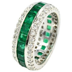 Gregg Ruth 18 Karat Emerald and Diamond Eternity Band