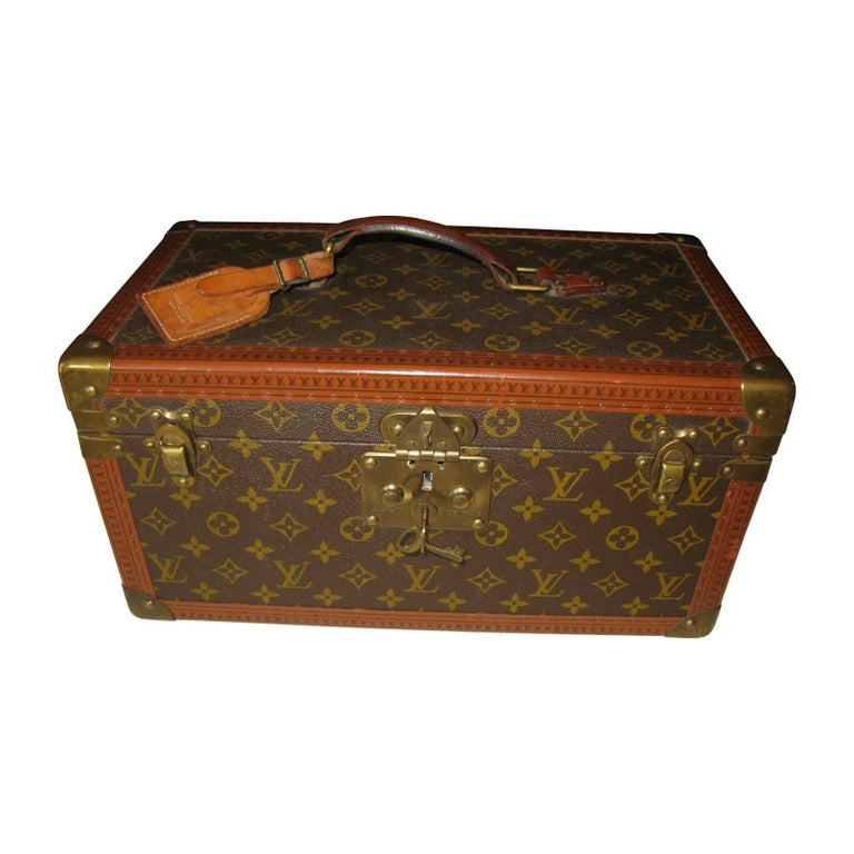 Louis Vuitton, Mock Vanity Case Bomb - Sculpture by Gregory Green