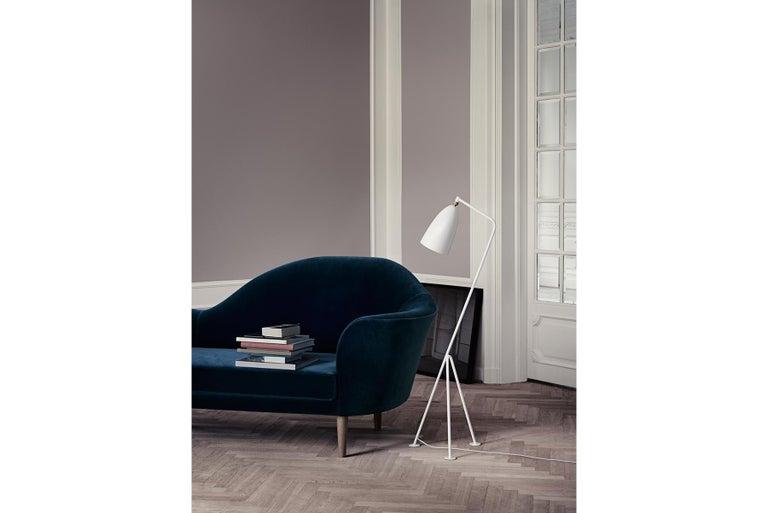 Scandinavian Modern Greta Grossman Grasshopper Floor Lamp, Oyster White For Sale