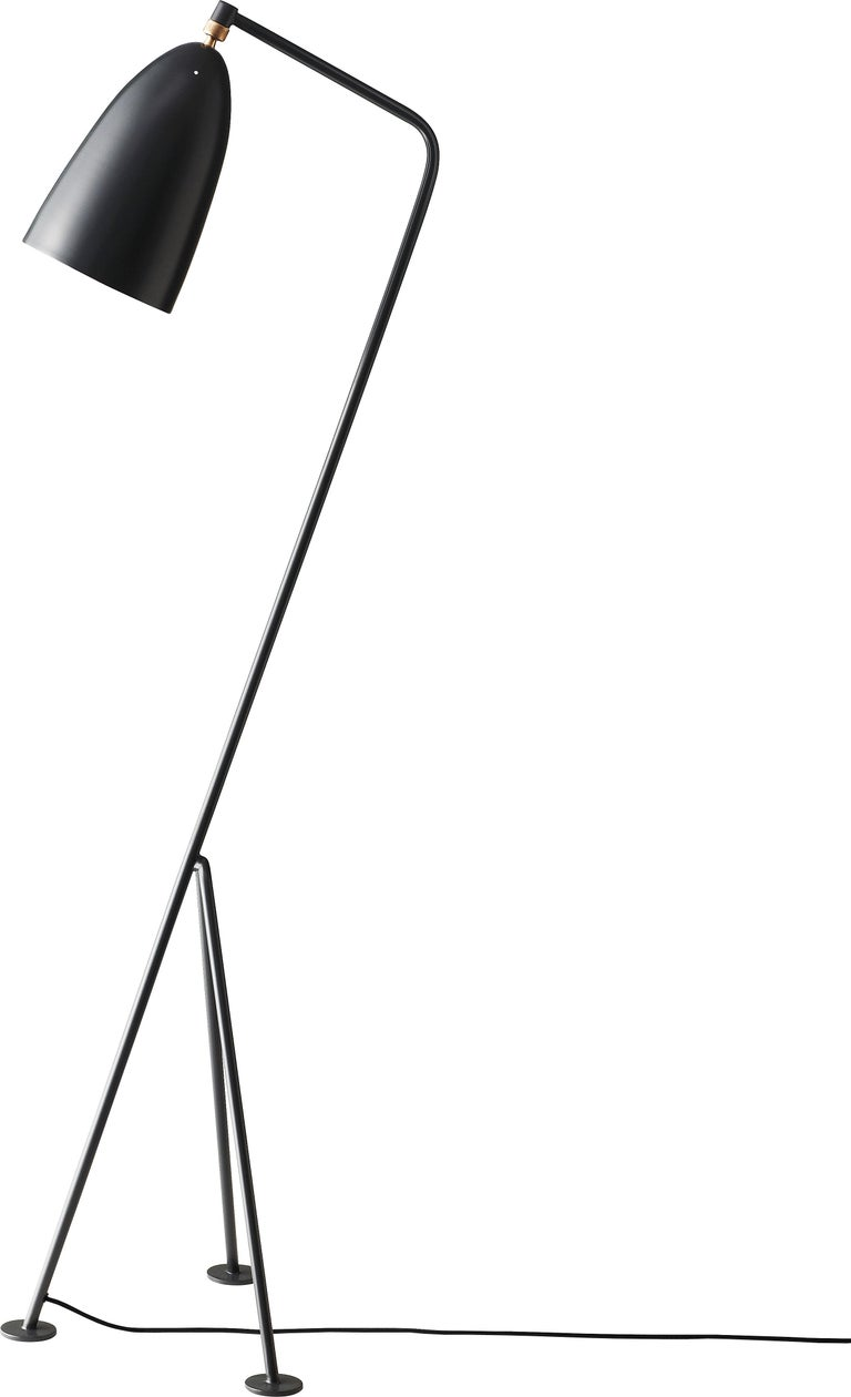 Greta Magnusson Grossman 'Grasshopper' Floor Lamp in White In New Condition For Sale In Glendale, CA