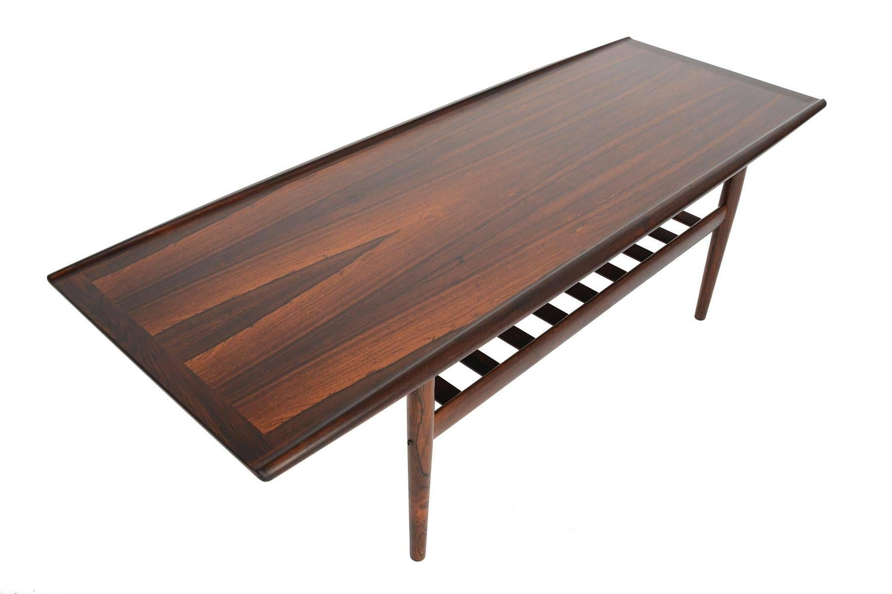 Charmant This Elegant Danish Modern Surfboard Coffee Table Was Designed By Grete Jalk  For Glostrup Mobelfabrik In