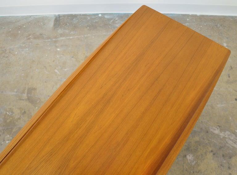 Grete Jalk for Poul Jeppesen Teak Surfboard Coffee Table 5