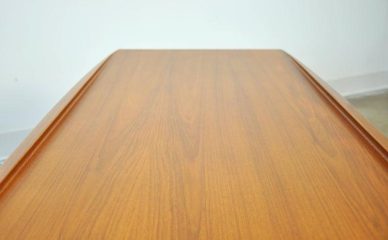 Grete Jalk for Poul Jeppesen Teak Surfboard Coffee Table 6