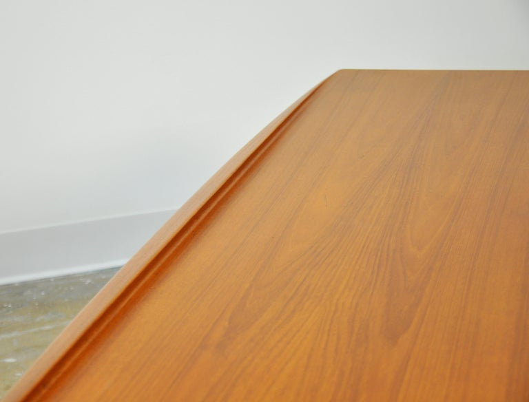 Grete Jalk for Poul Jeppesen Teak Surfboard Coffee Table 7