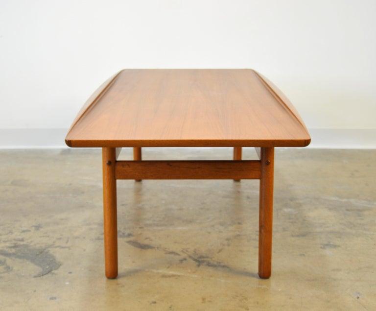 Grete Jalk for Poul Jeppesen Teak Surfboard Coffee Table 2
