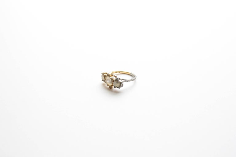 Sharon Khazzam Platinum & 18K Yellow Gold Grey and Yellow Diamond Florette Ring In New Condition For Sale In Great Neck, NY