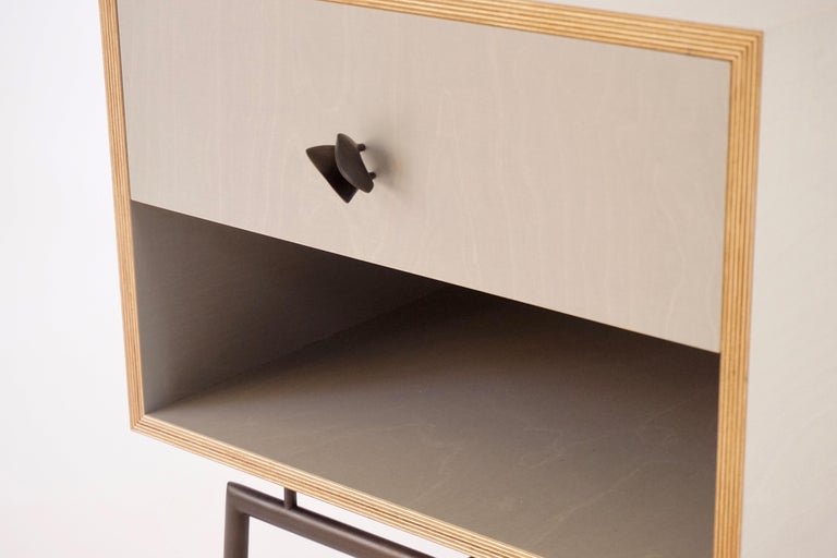 American Grey Finn Ply Bedside Tables with Bronze Base and Bronze Butterfly Pulls For Sale