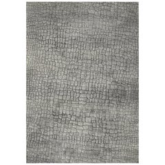 Grey Hand Knotted Wool and Silk Rug From Jacaré Collection Rug by Gordian