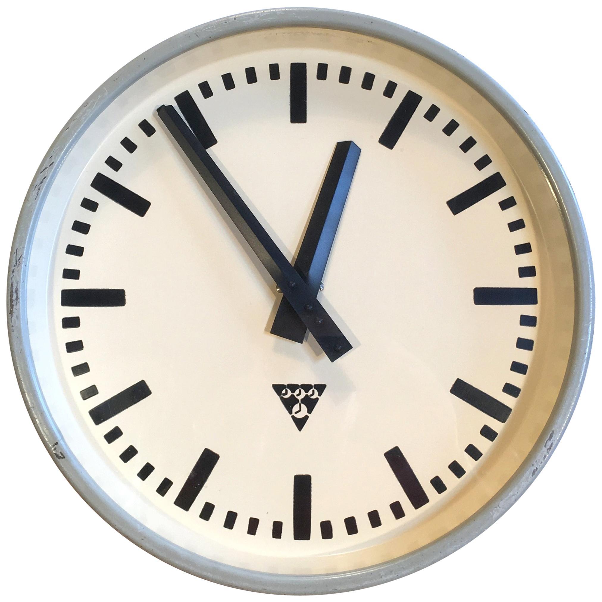 Made By Pragotron Vintage Industrial Wall Clock Metal Buy Now former Czechoslovakia