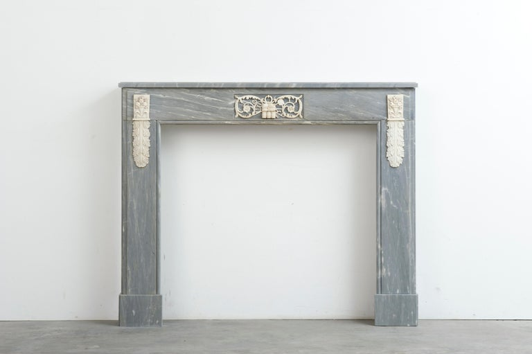 An early 19th/ late 18th century Dutch fireplace mantel in the Louis XVI manner. The nice mantel has great proportions and is wonderfully decorated in