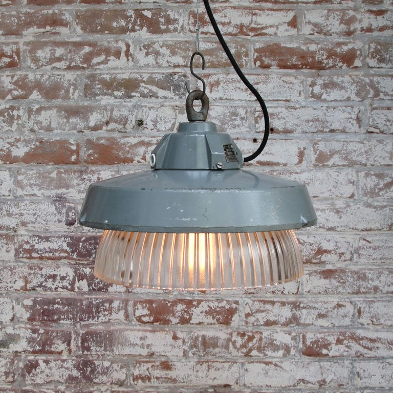 Grey Metal Vintage Industrial Clear Striped Holophane Glass Pendant Lamp In Good Condition For Sale In Amsterdam, NL