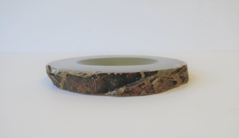 Grey Agate Vessel Bowl or Decorative Object For Sale 4