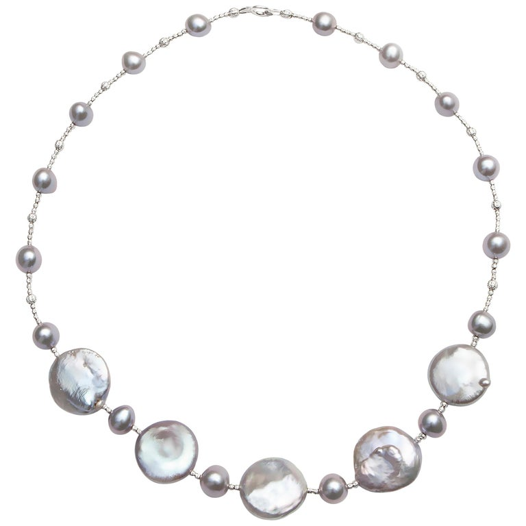 Grey Pearl Necklace with Five-Coin Pearls and Diamond Cut Beads For Sale
