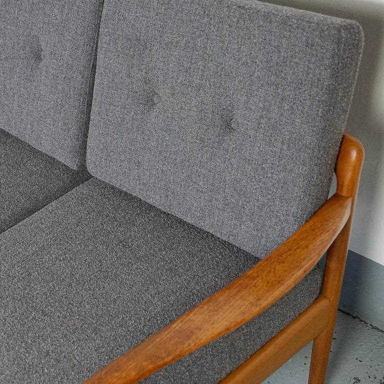 Grey Scandinavian Modern Teak Three-Seat Sofa by Knoll Antimott For Sale 2