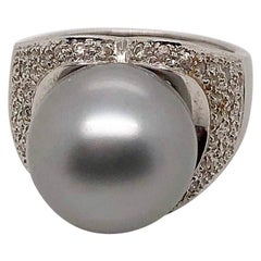 Grey South Sea Pearl and White Gold Ring with Diamonds