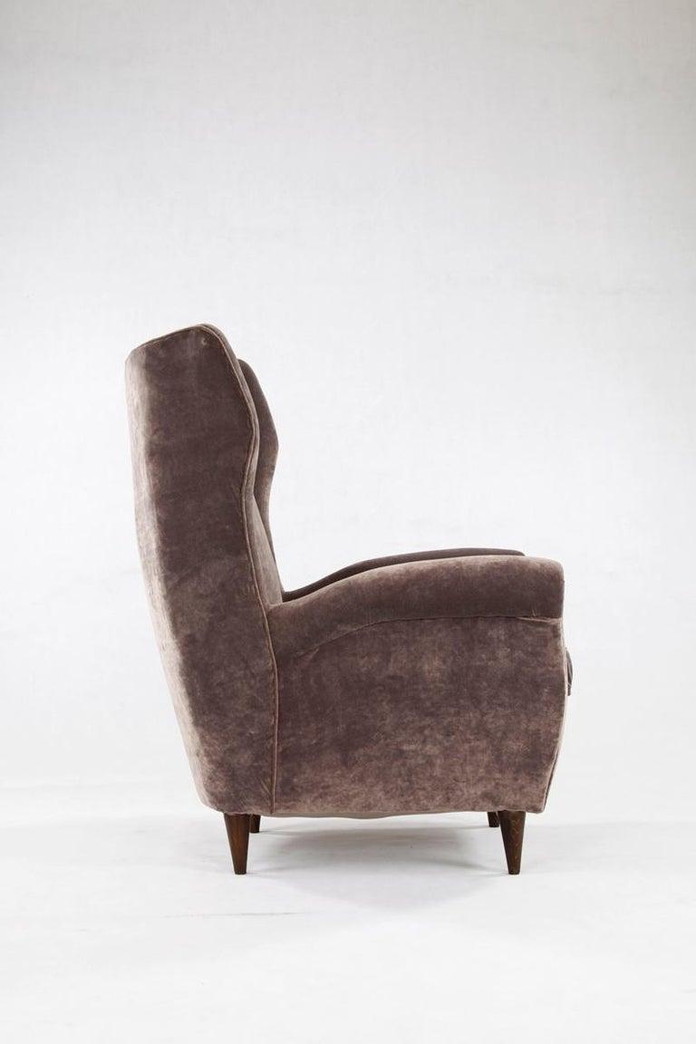 Mid-Century Modern Grey Velvet Italian Armchair in the Style of Gio Ponti For Sale