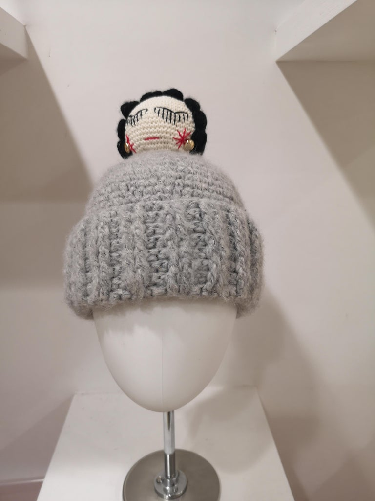Grey wool Coco doll hat For Sale 3