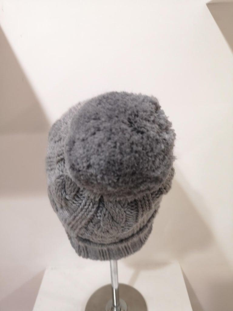 Women's or Men's Grey wool mouth teeth swarovski brooch hat For Sale