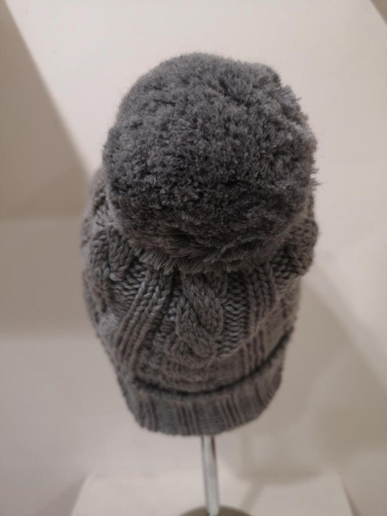 Grey wool mouth teeth swarovski brooch hat For Sale 1