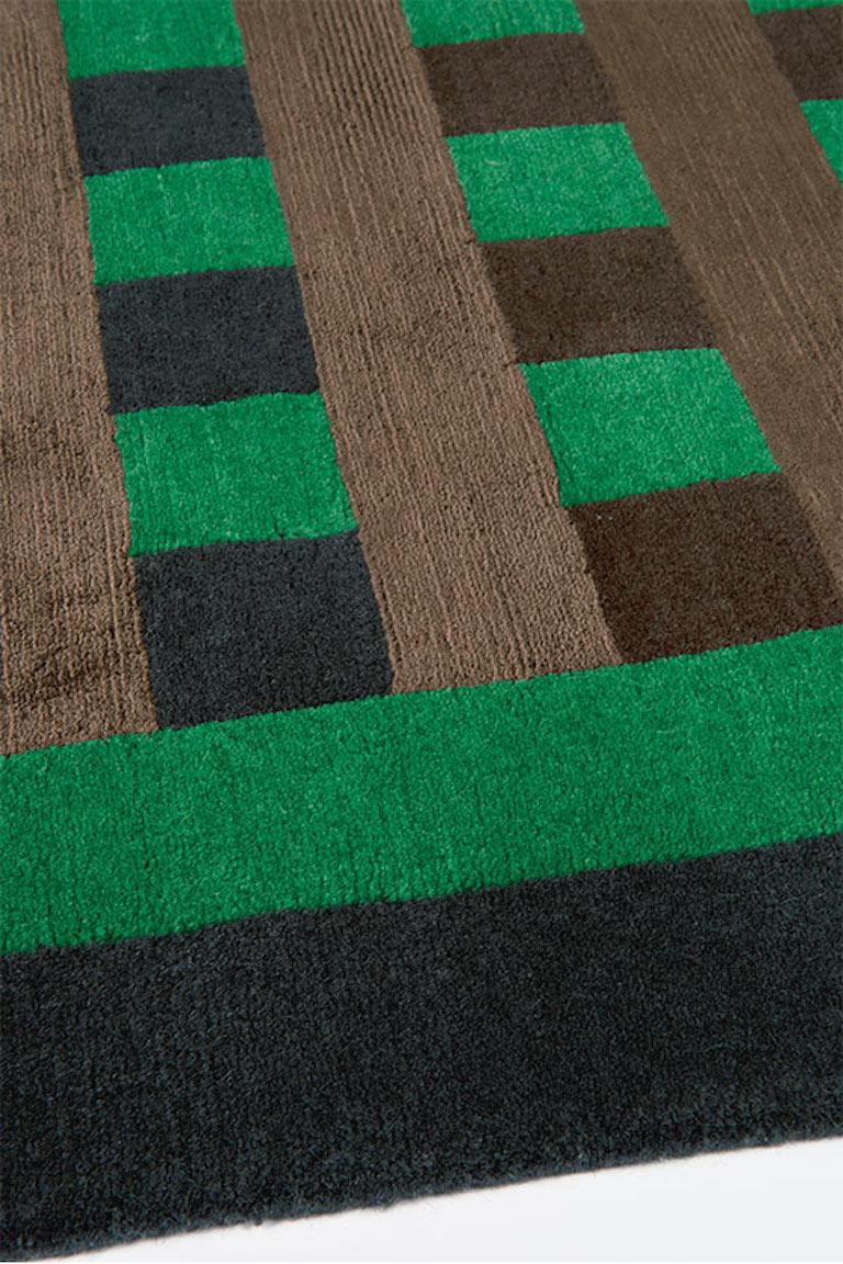 Grid Construct Hand-Knotted 10x8 Rug in Wool and Silk by Christopher Kane In New Condition For Sale In London, GB