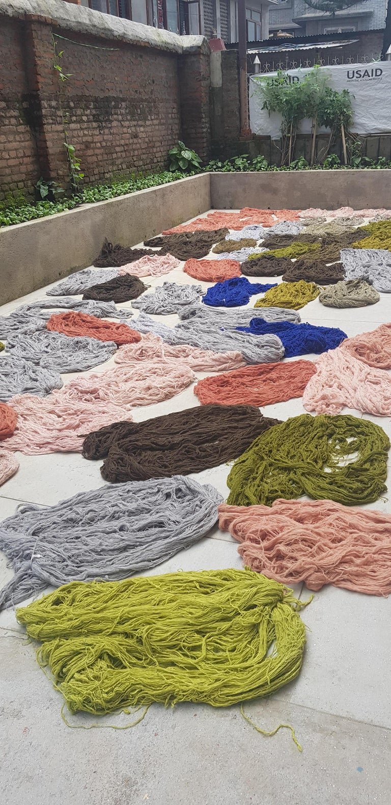 Grid Rug Wool Silk Black White Johanna Ulfsak Contemporary Design, Nepal, 2021 For Sale 3