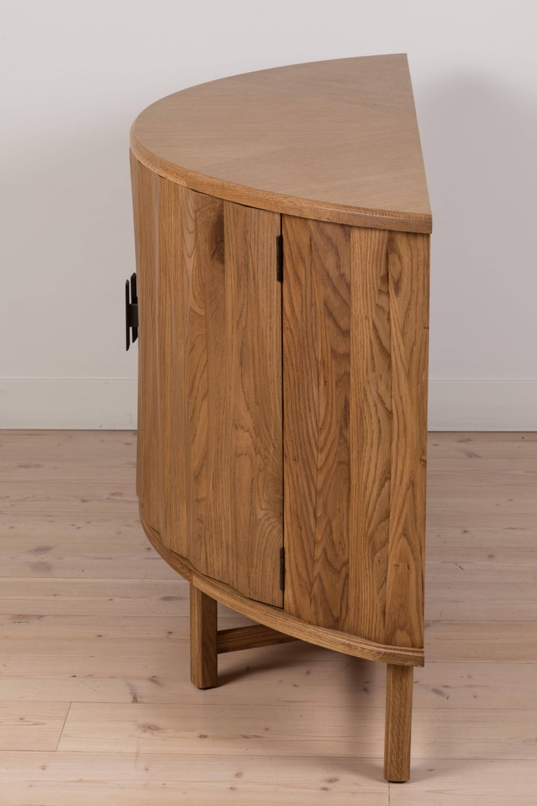 Griffin Console by Lawson-Fenning For Sale 3