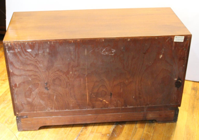 Grosfeld House Art Deco Mahogany Low Cabinets or Nightstands For Sale 3