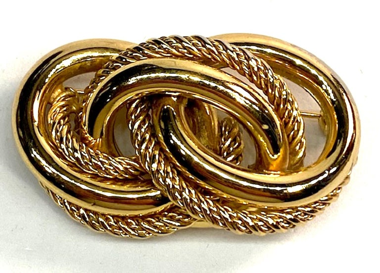Grosse Germany 1970s Link Brooch In Good Condition For Sale In New York, NY