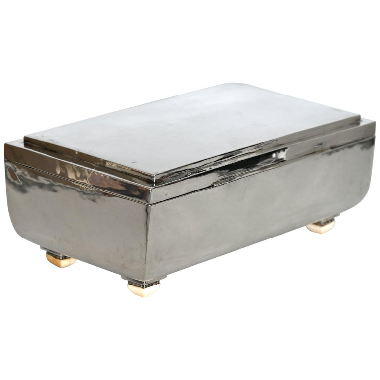 Large Original Art Deco Silver Box Sterling Silver German 1.2kg , About 1920 For Sale
