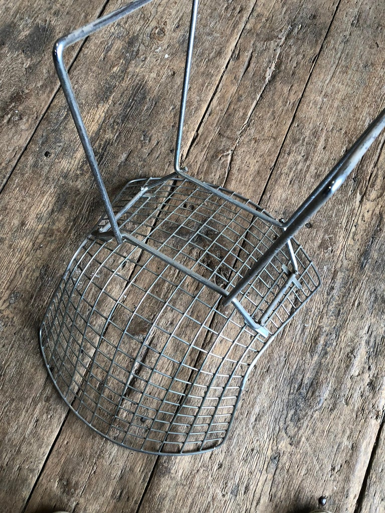 20th Century Group of 5 Bertoia Side Chairs in Chrome For Sale