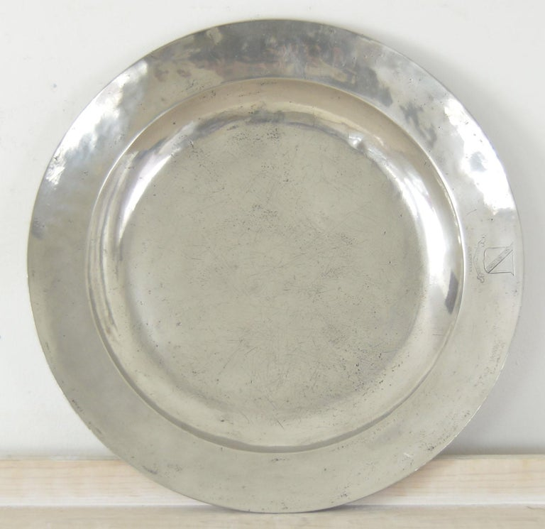 Group of 6 Large Antique Polished Pewter Chargers, 18th C.  16.5 inches wide For Sale 5