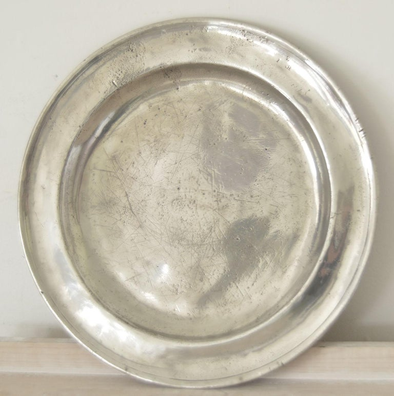 Group of 6 Large Antique Polished Pewter Chargers, 18th C.  16.5 inches wide For Sale 2