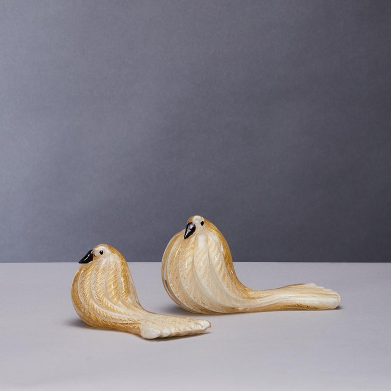 Mid-Century Modern Group of Five Bird Sculptures in Gold Leaf Glass Barovier & Toso For Sale