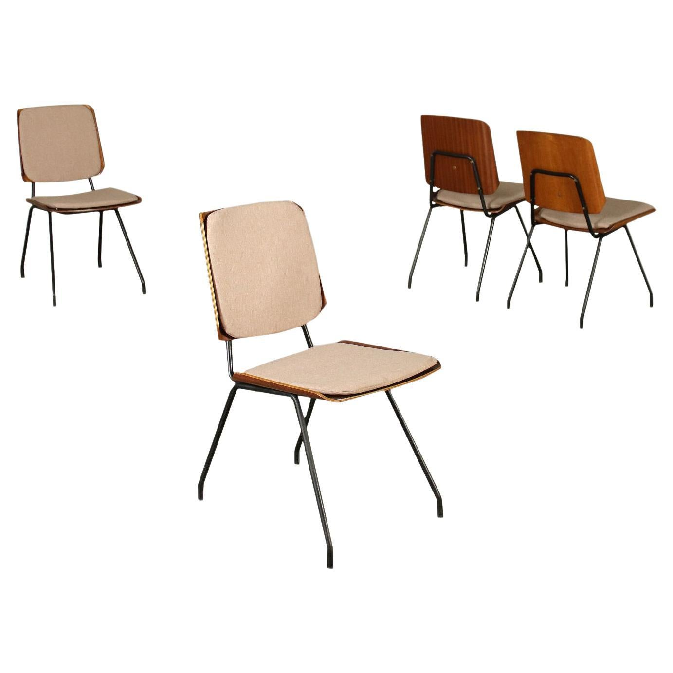 Group of Four Chairs Osvaldo Borsani Tecno Plywood Italy 1950s 1960s