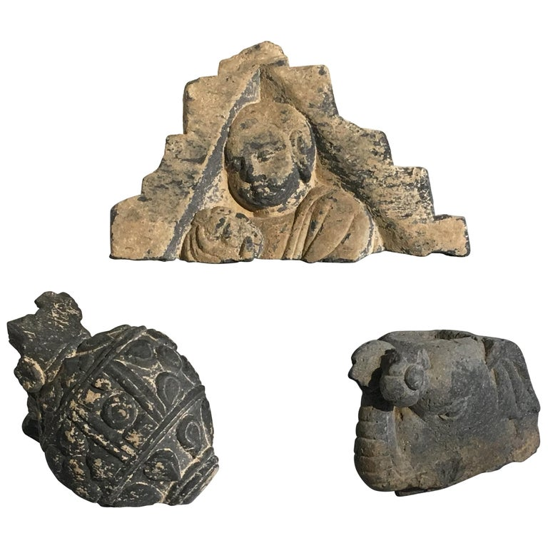 Group of Gandharan Carved Schist Sculptural Fragments, 3rd-5th Century For Sale