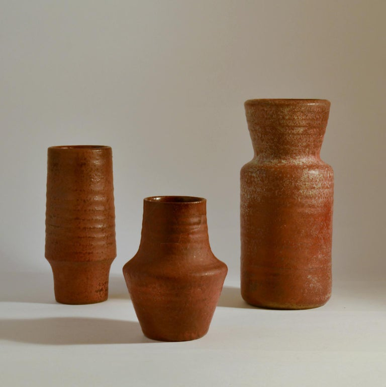 Group of Midcentury Ceramic Studio Vases Dark Red In Excellent Condition For Sale In London, GB