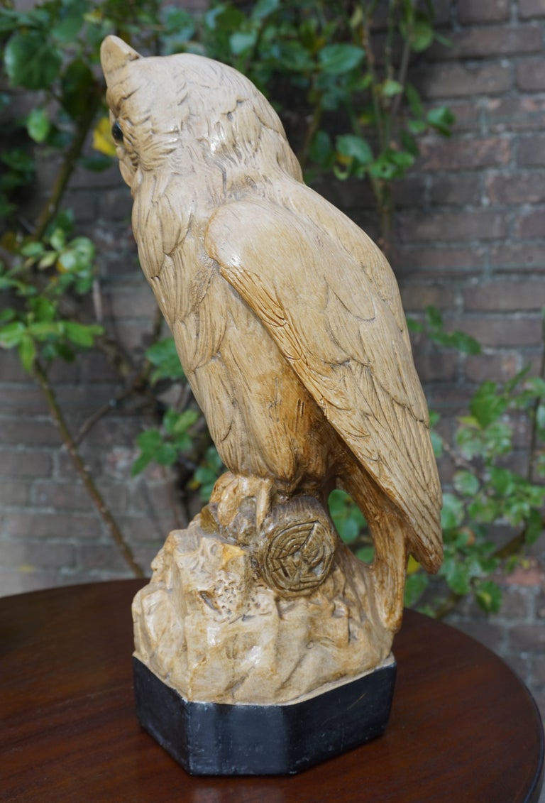 Group of Three Early 20th Century Hand Painted Symbolical Sitting Owl Sculptures For Sale 12