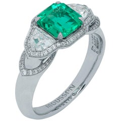 GRS Certified 1.39 Carat Colombian Emerald Diamond 18 Karat White Gold Ring