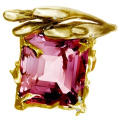 GRS Cert. 17.03 Ct Pink Burma Spinel 18 Kt Gold Ring by the Artist