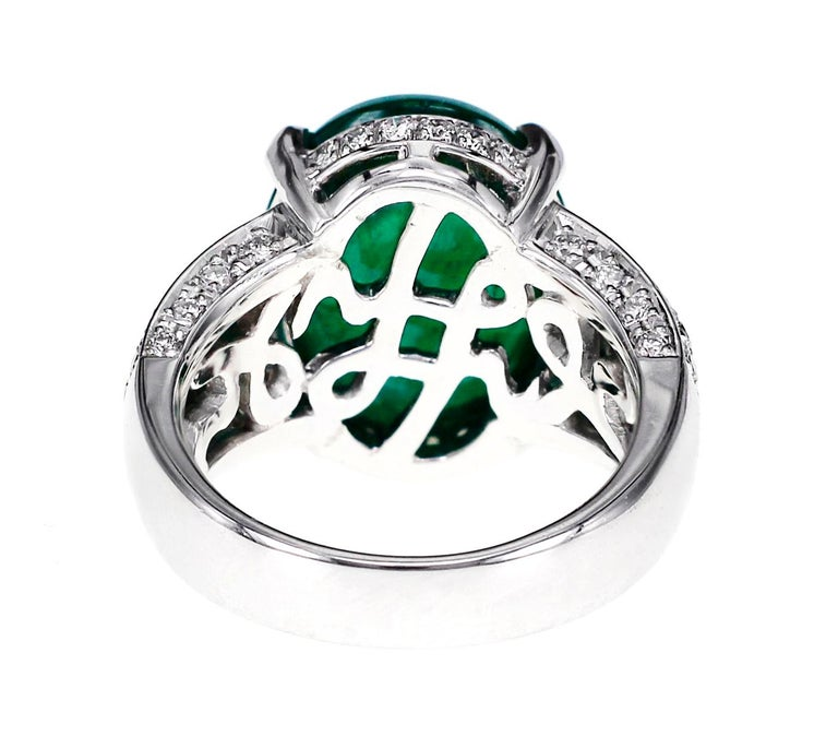 Cabochon GRS Certified 9.55 Carat Colombian Emerald and Diamond Wedding Ring in Platinum For Sale