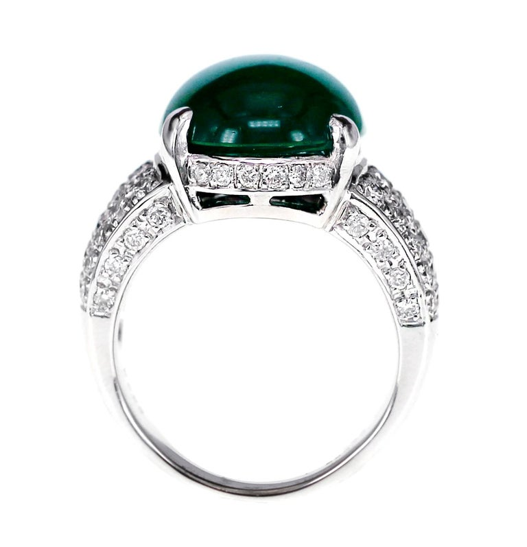 GRS Certified 9.55 Carat Colombian Emerald and Diamond Wedding Ring in Platinum In Excellent Condition For Sale In Hung Hom, HK