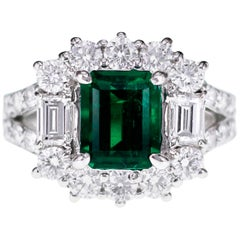 GRS Certified Colombian Muzo Vivid Green 1.99 Carat Emerald Classical Ring