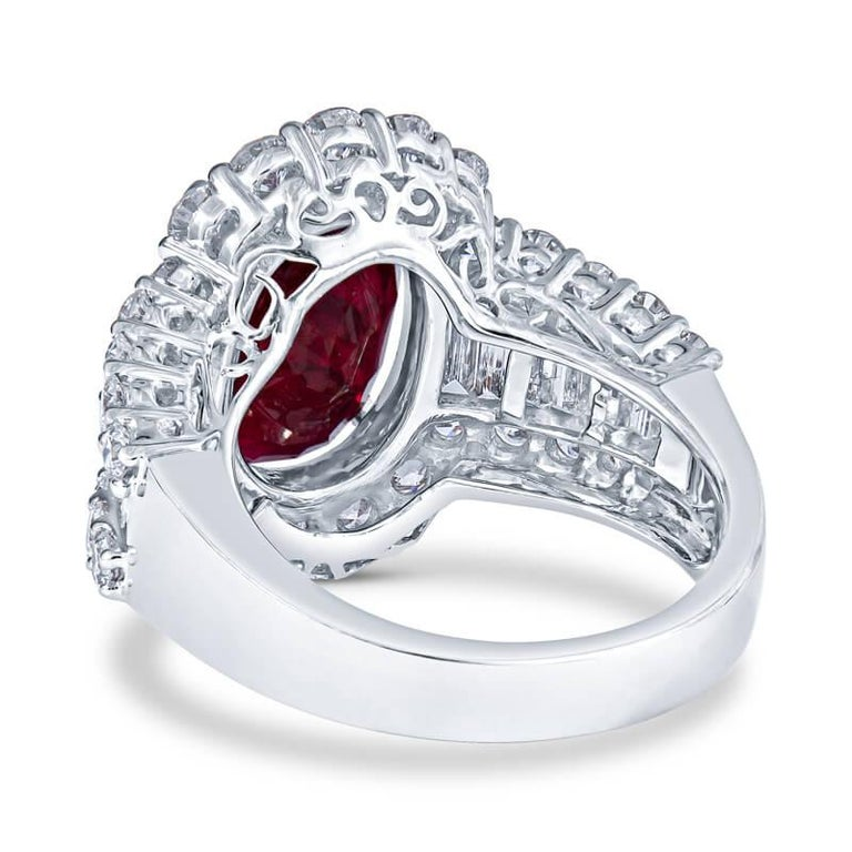 GRS Certified GRS Certified Ruby and Diamond Art Deco Cocktail Ring in 18KT Whit In New Condition For Sale In Houston, TX