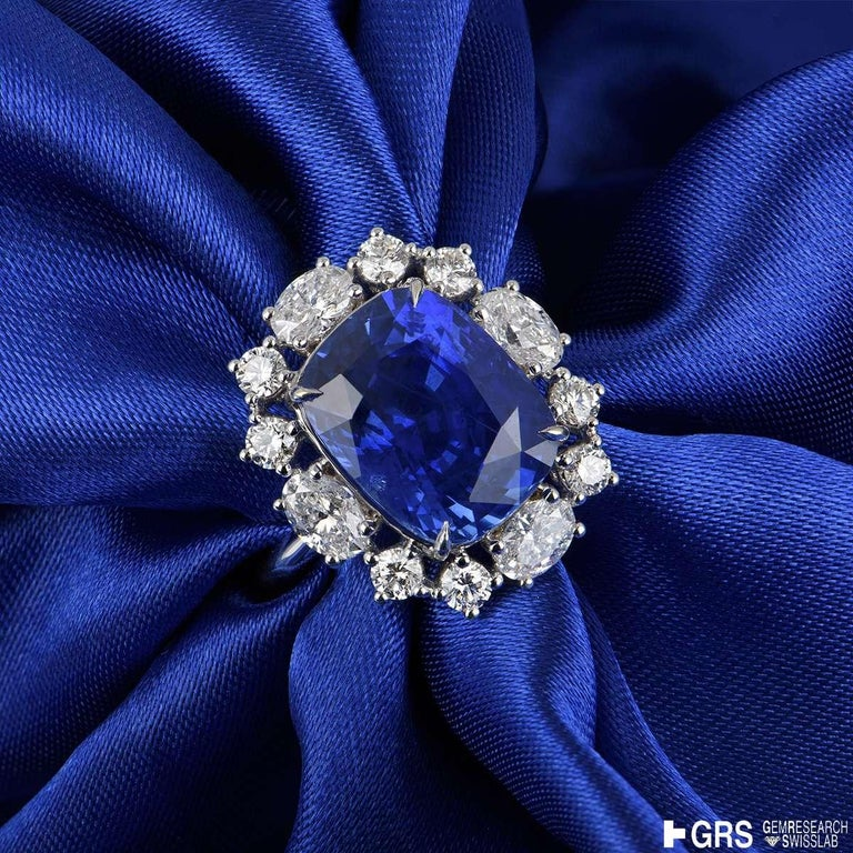 GRS Certified Natural SriLankan Cornflower Blue Sapphire Ring For Sale 3