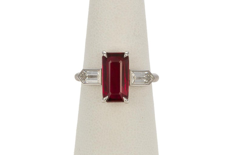 GRS Certified Platinum Pigeon Blood Ruby and Diamond Ring 4.00 Carat For Sale 2