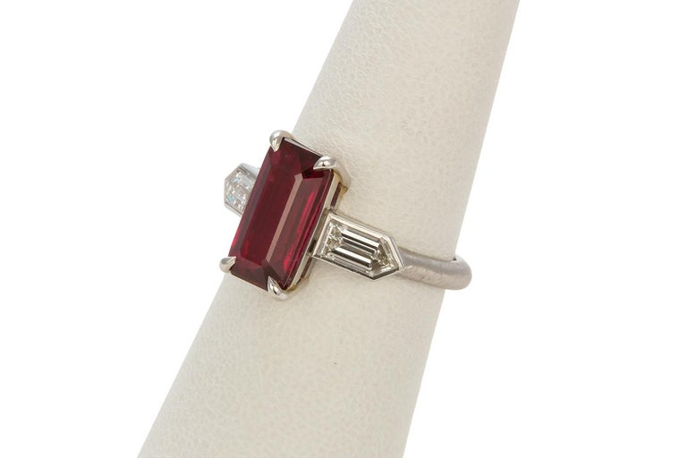 GRS Certified Platinum Pigeon Blood Ruby and Diamond Ring 4.00 Carat For Sale 3