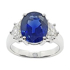 GRS Certified Unheated 4 Cts Blue Sapphire with Diamond Ring in Platinum 950