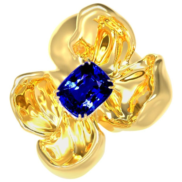 GRS Certified Vivid No Heat Blue Sapphire Brooch in 18 Karat Yellow Gold For Sale