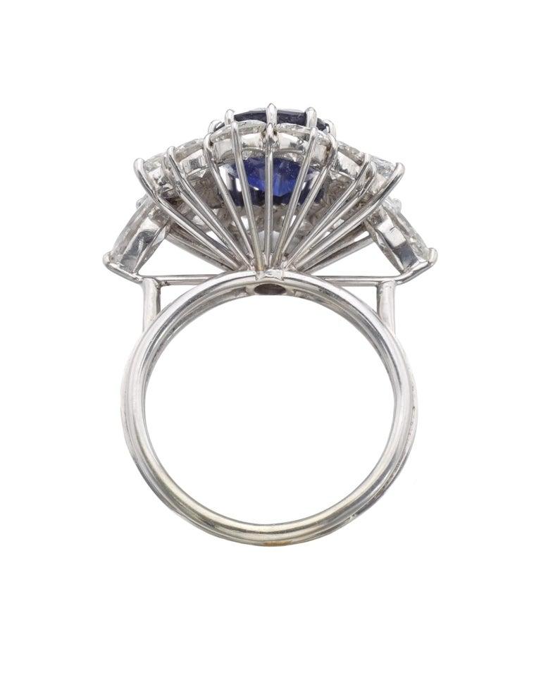 Modern GRS Switzerland 5 Carat Sri-Lanka Ceylon Oval Blue Sapphire Diamond Ring For Sale