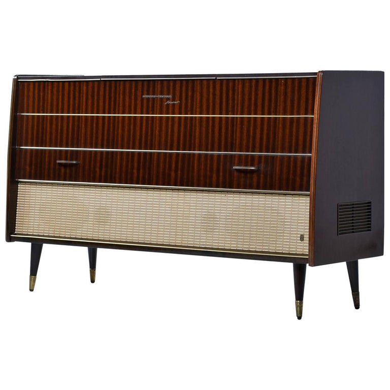 Grundig Majestic Turntable Console Stereo Credenza Fully Serviced